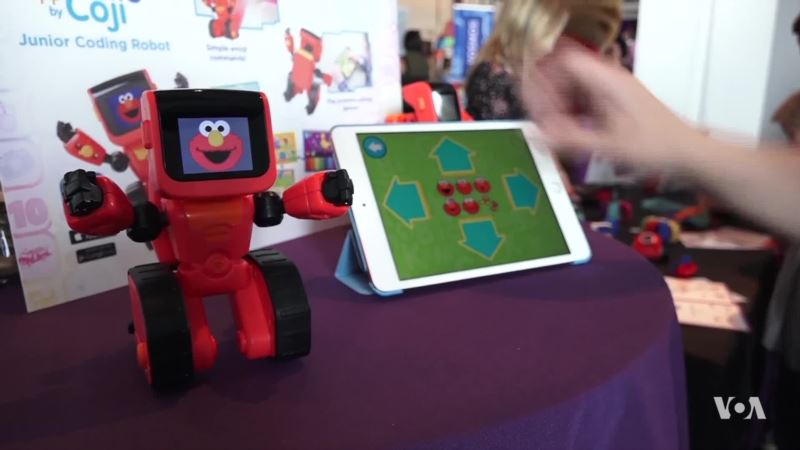 New Toys Aim to Wow Today's Digitally Savvy Kids