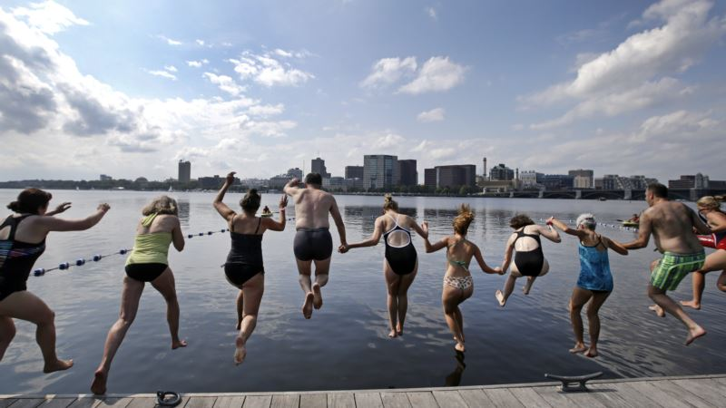 Cities Aim to Reclaim Once-polluted Rivers for Swimming