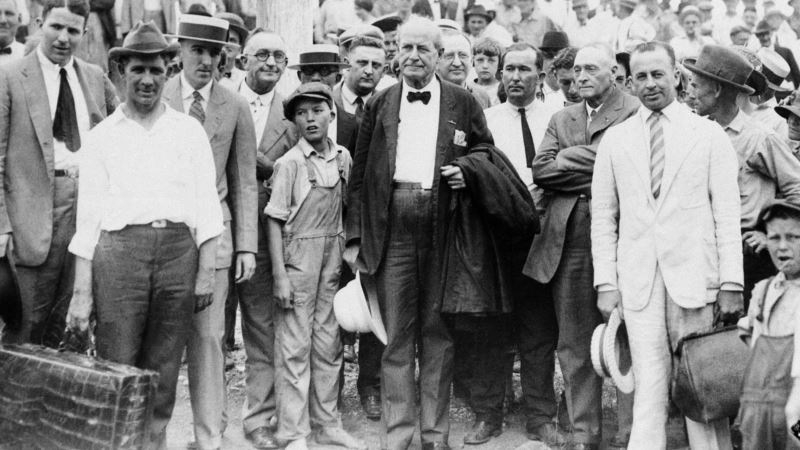 1925 Scopes Trial Pits Creationism Against Evolution