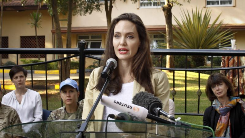 Angelina Jolie Reveals Bell's Palsy Struggle in Interview