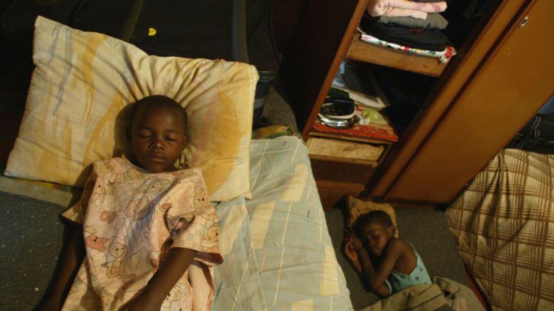 AIDS Burdens Zimbabwe's Elderly With Orphans, Illness