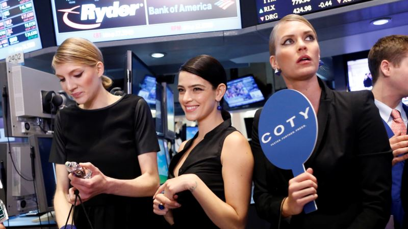 Luxury Firms' Online Battle Boosted by EU Court Adviser's Coty Stance