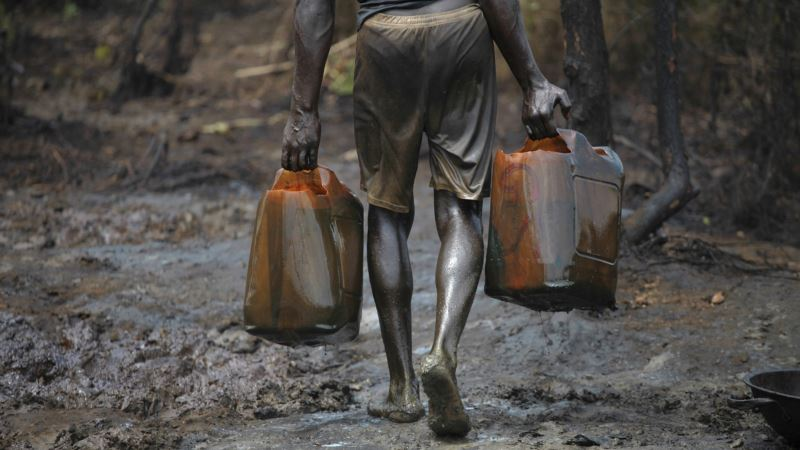 Nigeria Peace Talks Yield Legalized Small Refineries