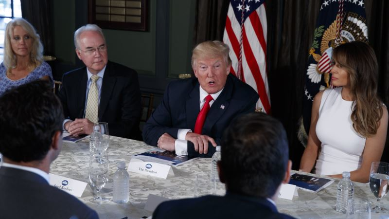 Trump Declares Opioid Crisis a 'National Emergency'