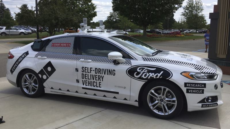 Pizza Delivery Without Drivers: Domino's, Ford Team Up for Test