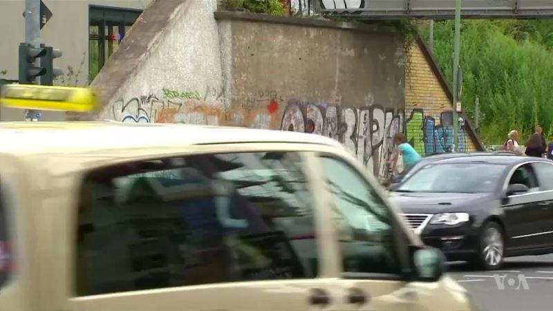 In Germany, Graffiti Activists Turn Nazi Symbols Into Humorous Art