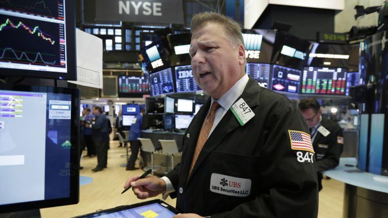 Investors Exhibit 'More Signs of Fatigue Than Euphoria'