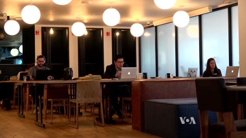 Digital Nomads Work Remotely from Anywhere