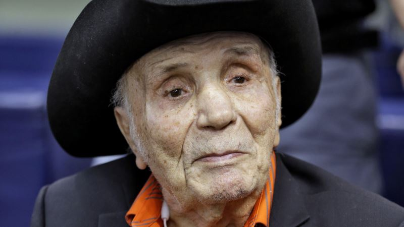 Boxer Jake LaMotta, Immortalized in 'Raging Bull,' Dies at 95