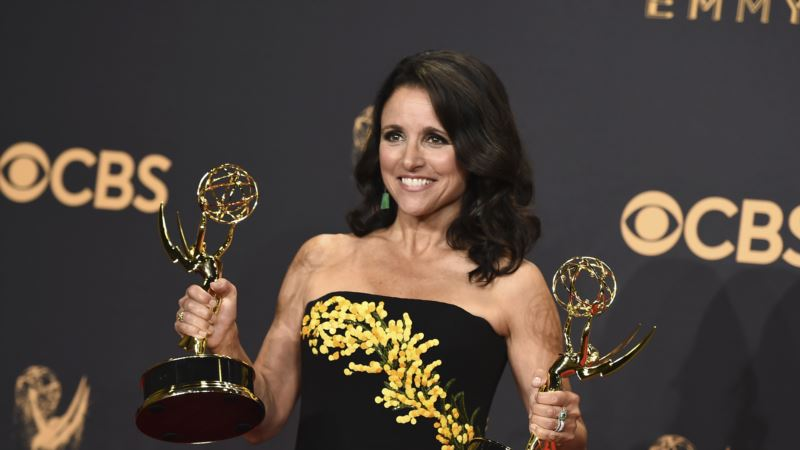 Actress Louis-Dreyfus Says She's Battling Breast Cancer