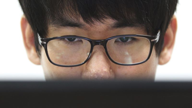 NSA Invites Students to 'Hack Us!'
