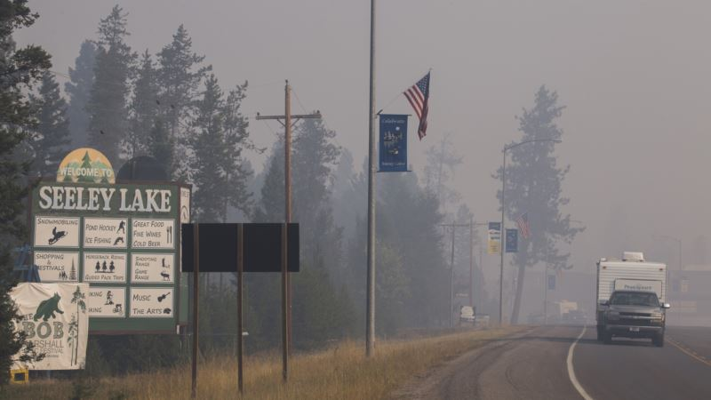 Wildfire Smoke Chokes US West, Causes Health Concerns
