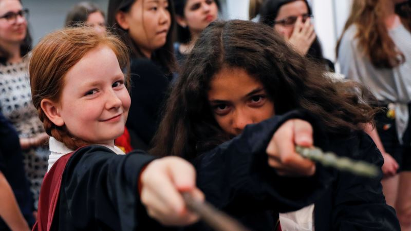 Hogwarts School Off to Flying Start in New Digital Experience