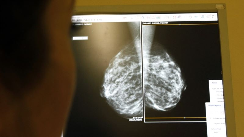 Alcohol Industry Accused of Misleading Public Over Cancer Risk