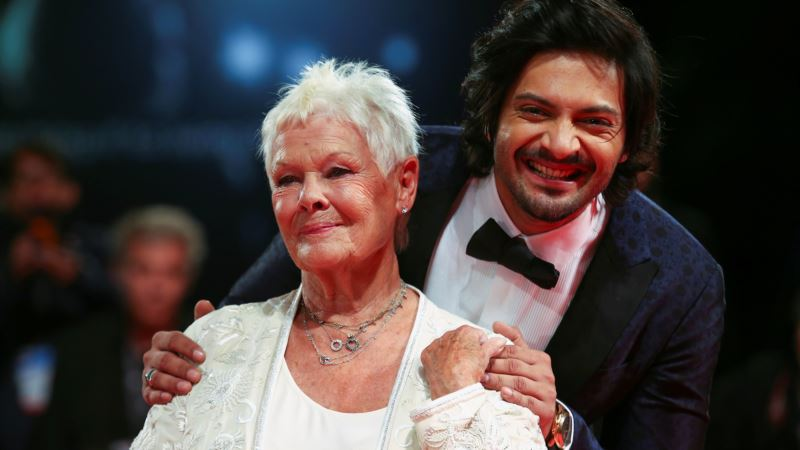 In films 'Victoria & Abdul' and 'American Made,' Life is Stranger than Fiction