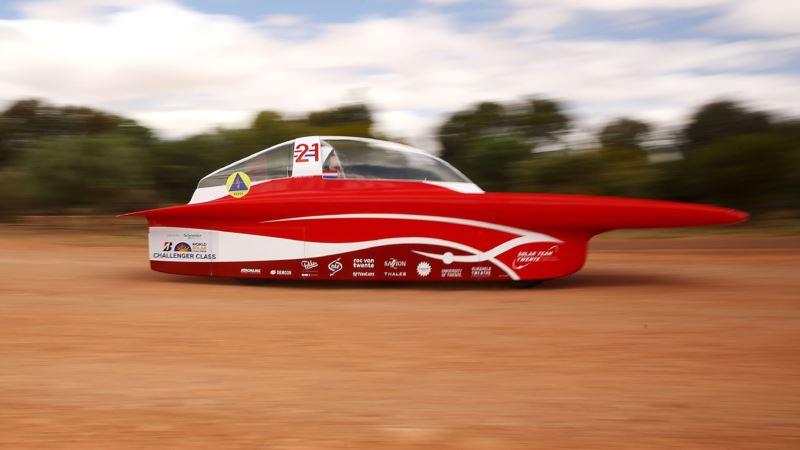 Dutch Team Wins 7th Australian Solar-Powered Car Race