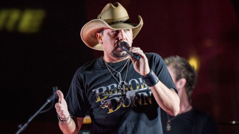 Country Star Jason Aldean Issues Rallying Cry for Unity