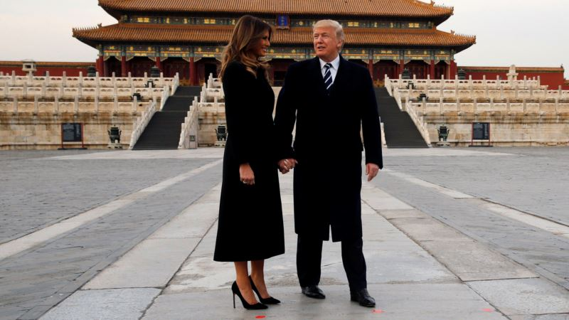 Trump Skirts 'Great Firewall' to Tweet About Beijing Trip