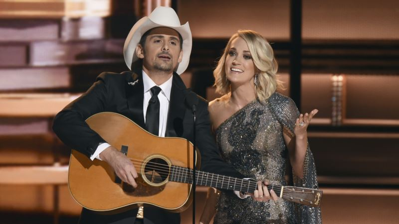 Carrie Underwood, Brad Paisley Celebrate a Decade as CMA Hosts
