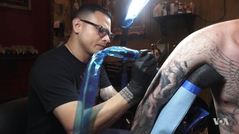 Museum Exhibit Dispels Stigma of Tattoos Through Global Perspective