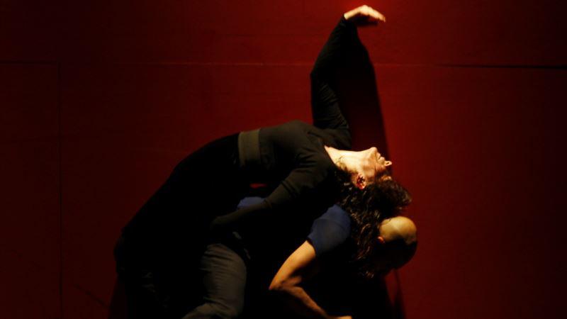 Dance Star Akram Khan Prepares for Swansong Tour