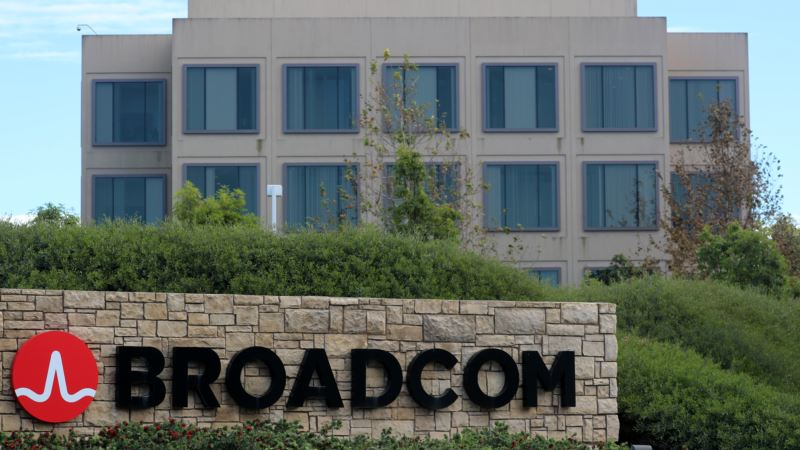 Broadcom Offers $103 Billion for Qualcomm, Sets Up Takeover Battle