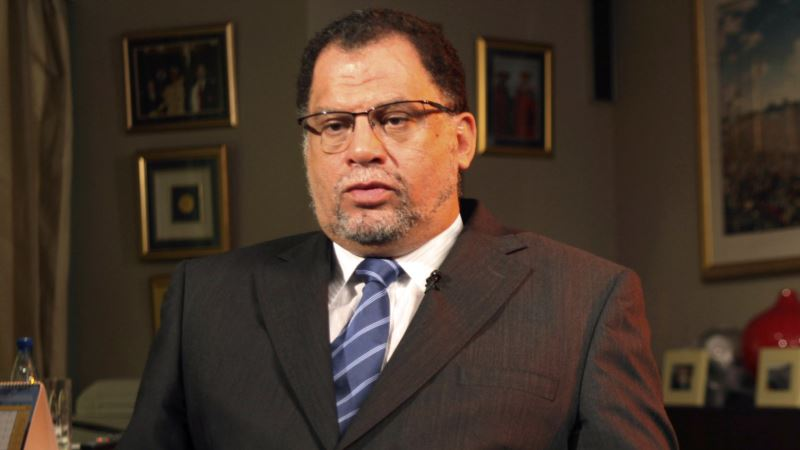 South African Soccer President Denies Raping Singer in 1993