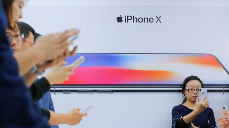 Apple X Factor: China Consumers Wowed by New iPhone, But Will They Buy?