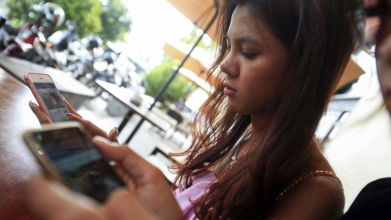 Facebook Faceplants in Cambodia
