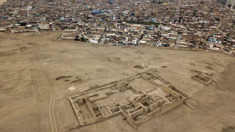 Peru's Abundant Ruins Feel Squeeze of Urbanization
