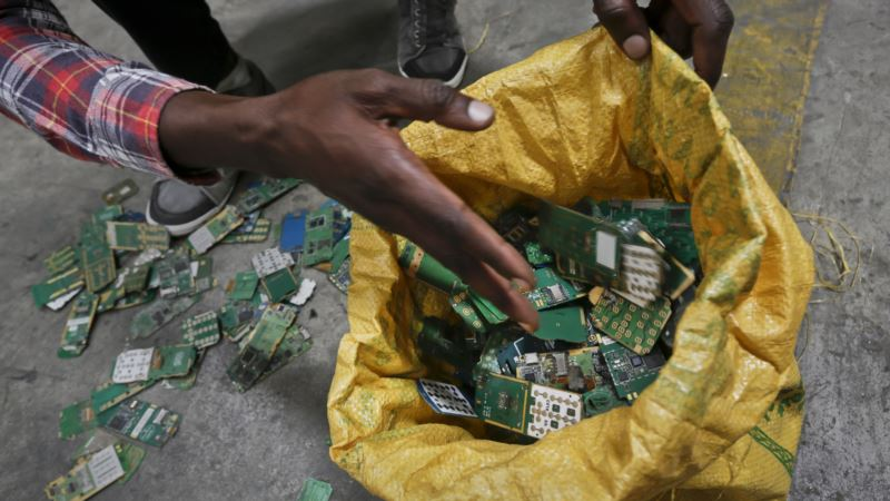 Growing Levels of E-Waste Bad for Environment, Health and Economy