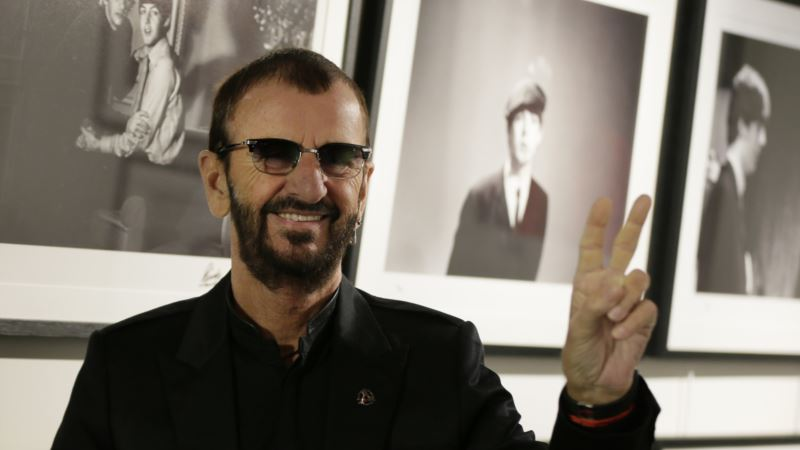 Beatles' Ringo Starr Knighted in UK Honors List