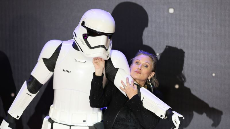'Star Wars' Cast Reflects on Legacy of Fisher, Leia