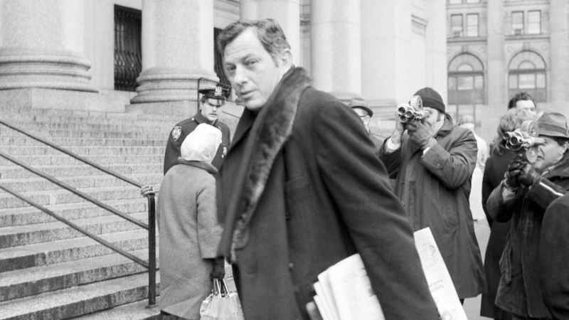 Clifford Irving, Author of Howard Hughes Literary Hoax, Dies at 87