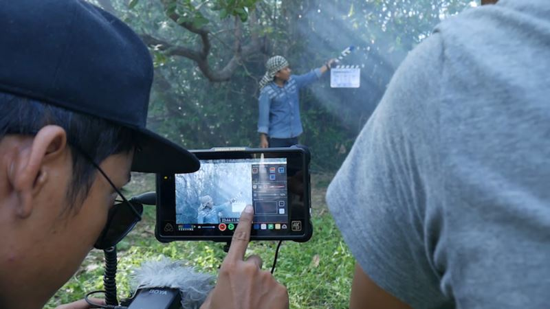 Cambodia Filmmakers Face 'Taxing' Times