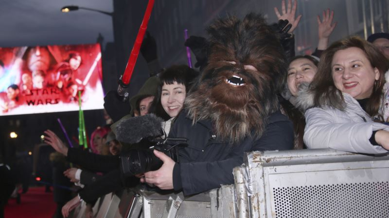 Princes William, Harry Set for 'Last Jedi' London Premiere