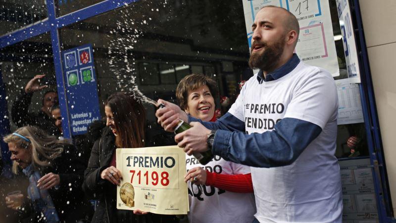 Spain's Christmas Lottery Awards $2.8 Billion