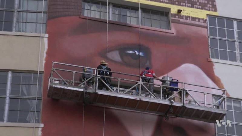 Artist Robert Vargas Paints Monumental Mural in Honor of Los Angeles