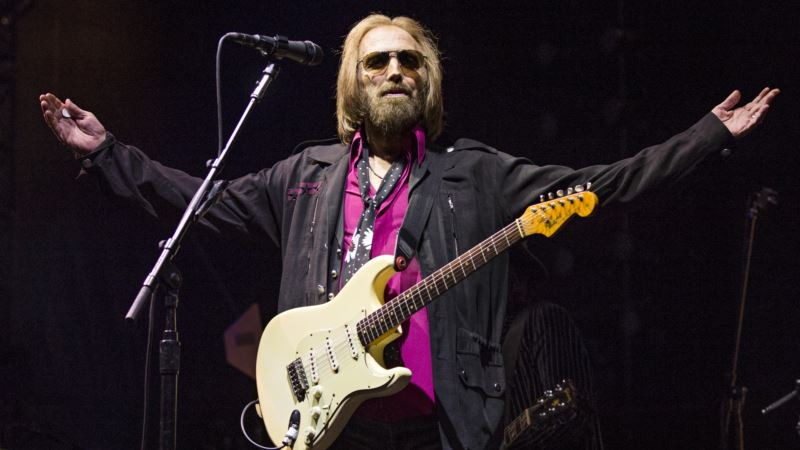 Autopsy: Tom Petty Died of Accidental Overdose of Opioids, Antidepressant