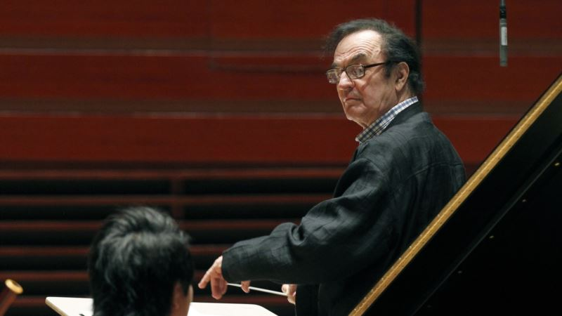 Charles Dutoit Steps Down Early at Royal Philharmonic