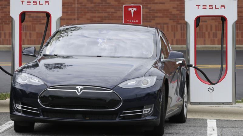US Safety Board to Probe Tesla Autopilot Crash
