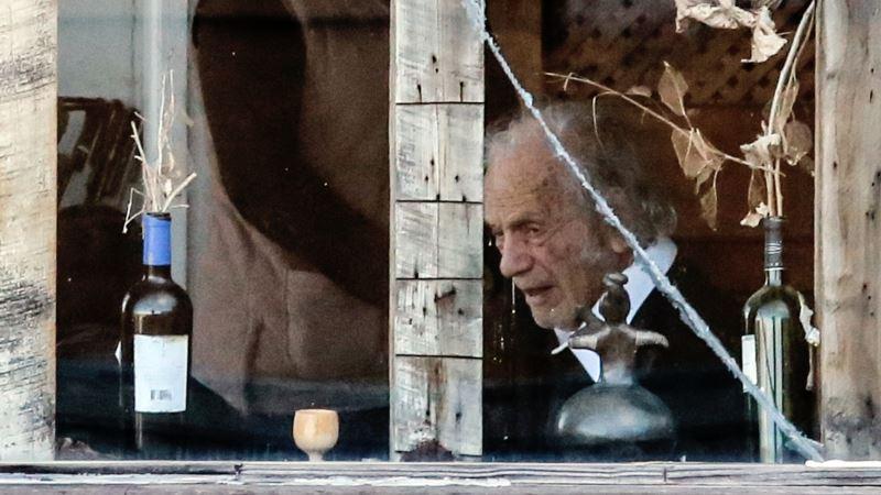 Chilean Poet, Physicist Nicanor Parra Dies at 103