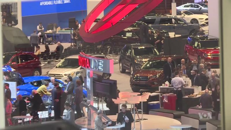 Amid Record Sales, SUV's Take Center Stage at Chicago Auto Show