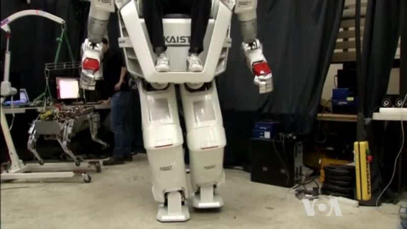 Riding a 270-kilogram Walking Robot