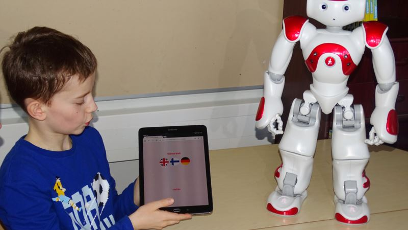 Techno Teachers: Finnish School Tests Robot Educators