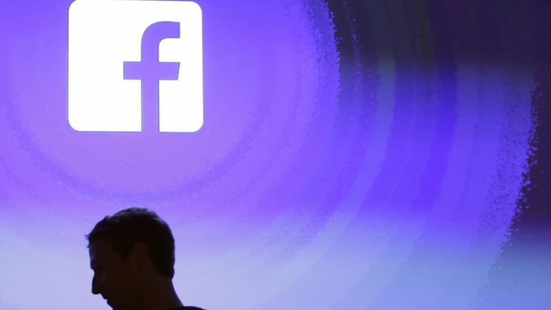 Facebook's Zuckerberg Apologizes for 'Breach of Trust' in Disclosure of Users' Data