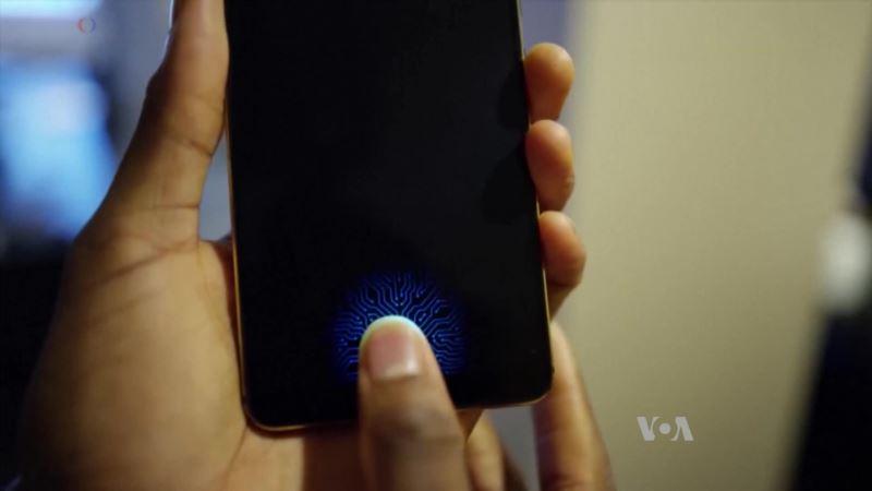 Visa Tests Biometric Fingerprint Reader on Cards