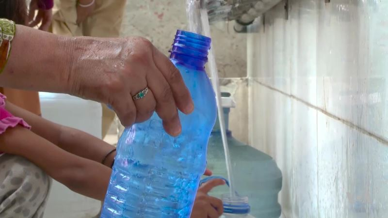 Pakistani Engineering Students Develop Filtration Device To Create Clean, Safe, Water