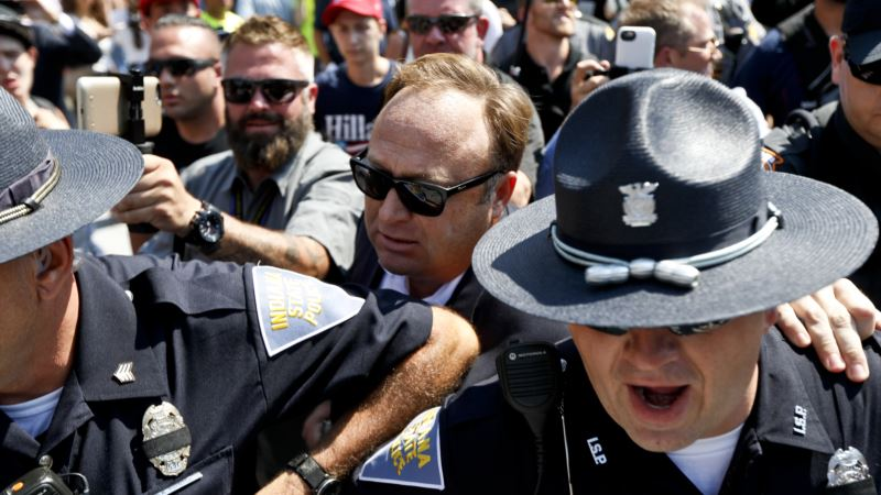 Facebook, Apple, YouTube Drop Alt-Right Conspiracy Outlet InfoWars