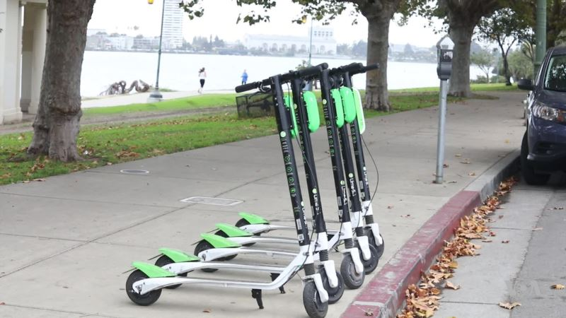 Popularity of Electric Scooters Creates Jobs for 'Juicers'